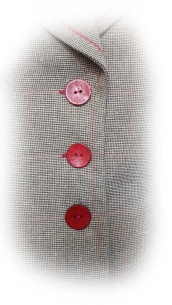 Contrasting wooden buttons